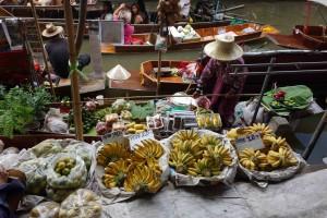 fruit floating market