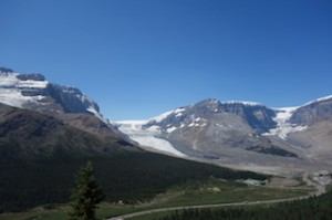 Athabasca glacier clear day